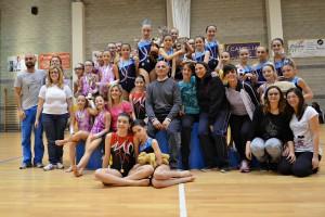Le atlete del CGM Cameri con l'Assessore allo Sport del Comune di Cameri Alfonso Siano